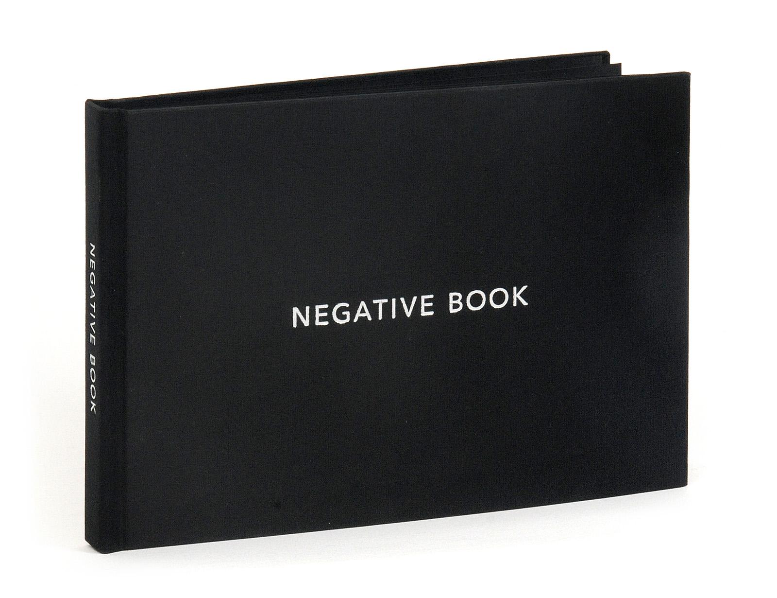 grzeszykowska_negative_book1
