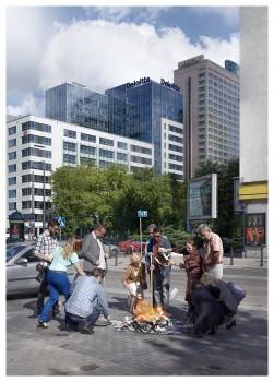 Zbigniew Libera, People Burning Money, 2013