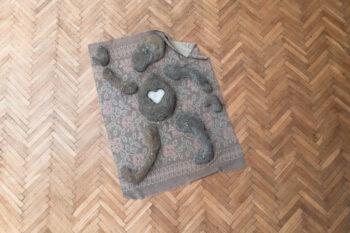 Dominika Olszowy, Autoportret z ziemi, rzeźba, 2021